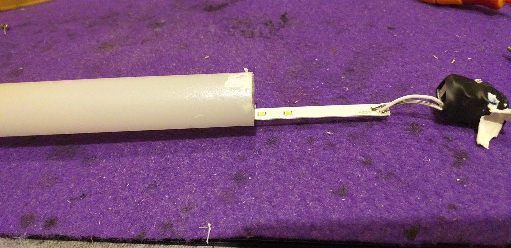 Reutilizar un fluorescente de led